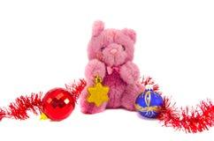 有圣诞节星形和球的玩具熊玩具 免版税库存图片