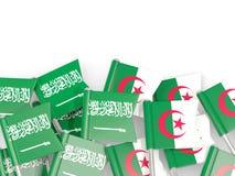 有在白色和阿尔及利亚的隔绝的旗子的别针沙特阿拉伯 向量例证
