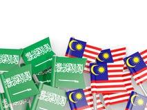 有在白色和马来西亚的隔绝的旗子的别针沙特阿拉伯 皇族释放例证