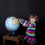有地球的女孩 免版税库存图片