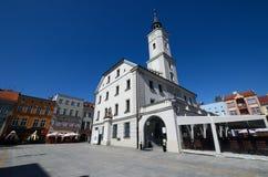 有城镇厅的集市广场在格利维采,波兰 免版税库存照片