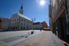 有城镇厅的集市广场在格利维采,波兰 免版税库存图片