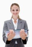 有堆的微笑的办工室职员文书工作 免版税库存照片