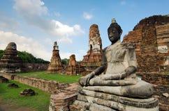 有多云天空的老塔在泰国 免版税图库摄影