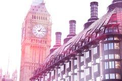 有大厦的大本钟Clocktower,伦敦 库存图片