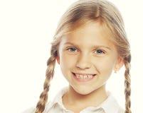 有大微笑的小愉快的女孩 库存照片