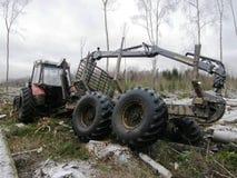有大拖车的拖拉机 免版税库存照片