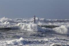 有大波浪的风大浪急的海面 免版税库存图片
