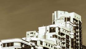 有大阳台的房子 免版税库存照片