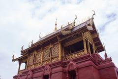 有天空的泰国艺术教堂 库存照片