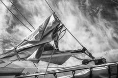 有天空的Furled风帆 免版税库存图片