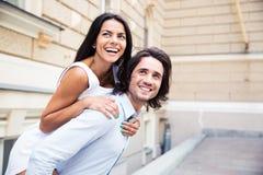 有夫妇的乐趣笑 库存照片