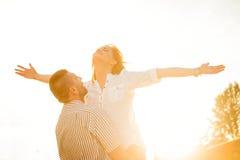 有夫妇的乐趣 免版税库存照片