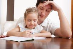 有女儿的父亲 免版税库存图片