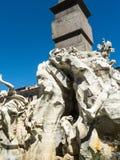 有它的喷泉的纳沃纳广场贝尔尼尼和德拉波尔塔在罗马意大利 免版税库存照片