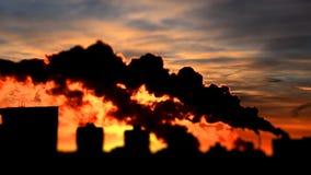 有害的物质放射到大气里 影视素材