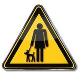 有小狗的标志妇女 免版税库存图片
