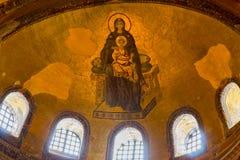 有小的耶稣被绘的玛丹娜圣索非亚大教堂的 库存照片