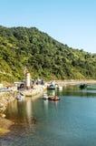 有小船的湖 库存图片