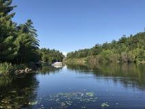 有小船的Portage小游艇船坞 免版税库存照片