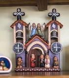 有小雕象的陶瓷房子在墨西哥人和N纪念品店  免版税库存图片