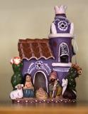 有小雕象的陶瓷房子在墨西哥人和N纪念品店  库存照片