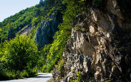 有岩石的路 免版税库存照片