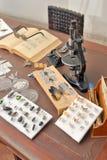 有工具的昆虫学家办公室 免版税库存图片