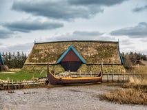 有帆船附载的大艇的北欧海盗港口在博克 库存照片