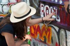 有帽子的画家艺术家 库存图片