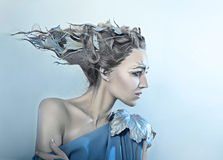 有幻想头发的美丽的妇女 库存图片