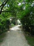 有开放门的城堡公园Langeais 库存照片