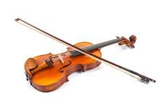 有弓的小提琴在白色 免版税库存照片