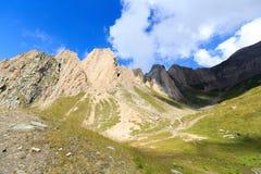 有强记Saule的山脉全景在阿尔卑斯,奥地利 库存图片