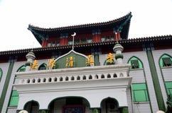 有微型尖塔和塔建筑学的北京中国中国式清真寺 库存照片