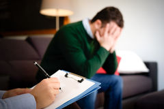 有心理健康问题的人 免版税库存照片