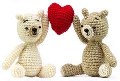 有心脏的可爱的熊玩偶 库存图片