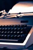 有拉丁字母的老打字机 免版税库存图片