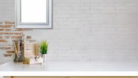 有拷贝空间的办公桌 工作区大模型 免版税库存照片