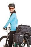 有挂包的女性mtb骑自行车者,看照相机和sm 图库摄影