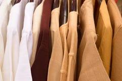 有挂衣架的棉花衣裳 库存照片