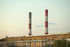 有排气管的工厂设备 免版税库存图片