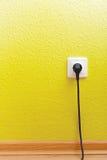 有插座的唯一电源插座 免版税库存照片