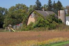 有操场的一个农厂站点 免版税库存图片