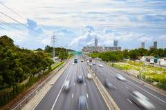 有效的高速公路业务量都市交通工具 免版税库存照片