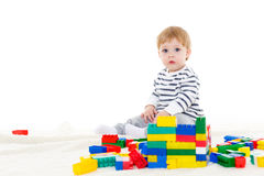 有教育玩具的小婴孩 免版税库存图片