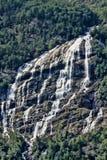 有数百美丽的瀑布在斯堪的那维亚 免版税库存图片