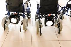 有新电的驱动的轮椅 库存图片