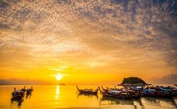 有早晨光的11美丽的海 库存图片