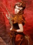 有明亮的妇女用干燥分支组成 库存照片